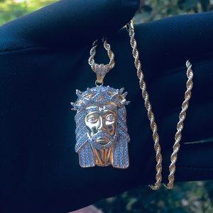 🙏🏻14K Gold Finish Lab Diamond Jesus Necklace🙏🏻